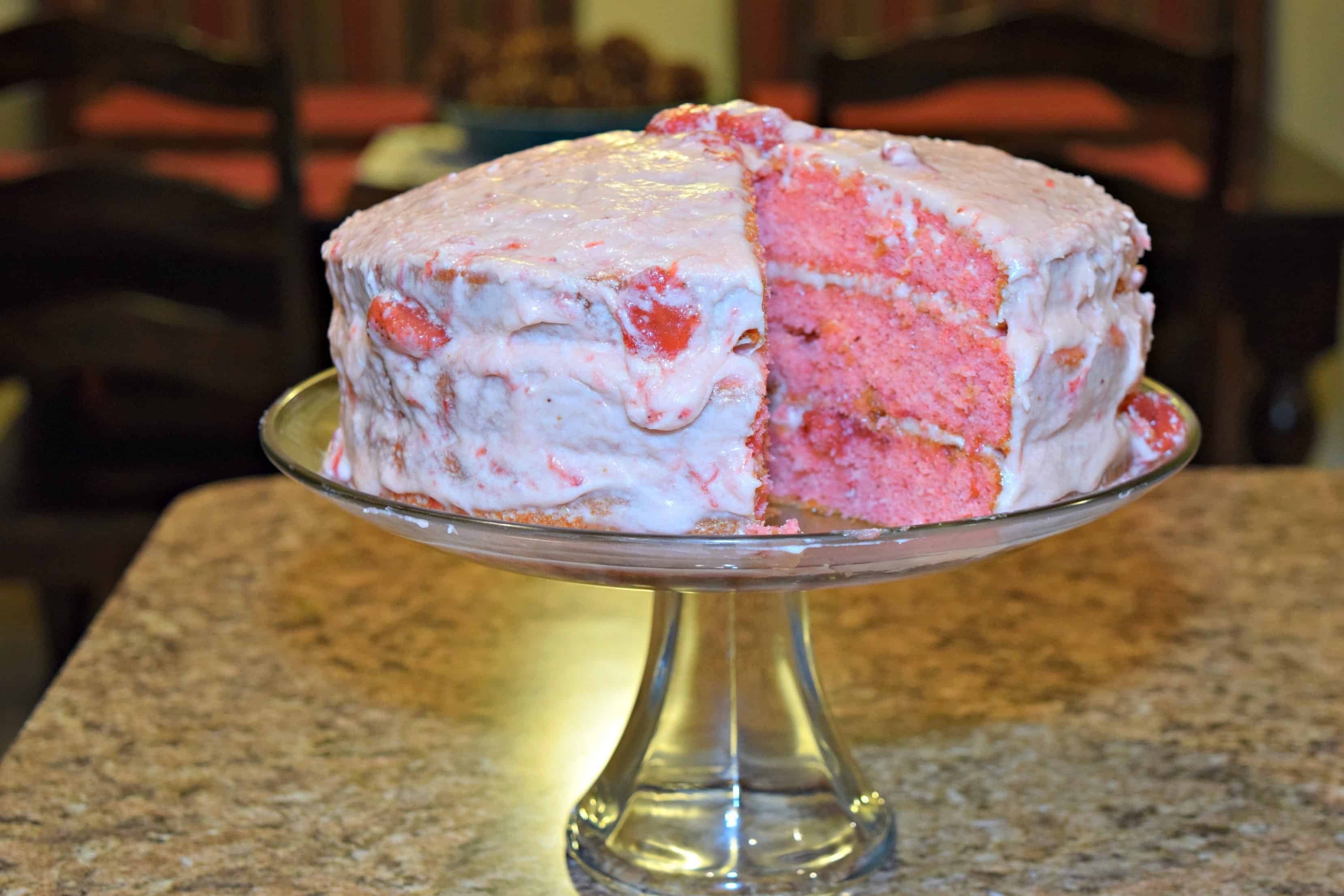 Strawberry Cake | delicious choice for any occasion